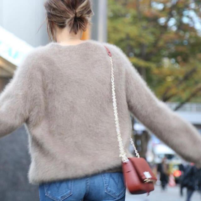 DEUXIEME CLASSE(ドゥーズィエムクラス)の今季完売品Deuxieme Classe Fluffy Sweater ベージュ レディースのトップス(ニット/セーター)の商品写真