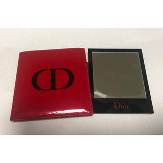 ディオール(Dior)の【未使用品】Dior ディオール ノベルティ ミラー red(コフレ/メイクアップセット)