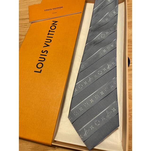 LOUIS VUITTON(ルイヴィトン)の【専用】ヴィトンネクタイ/LOUIS VUITTON メンズのファッション小物(ネクタイ)の商品写真
