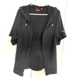 プーマ(PUMA)のpuma フード付き半袖パーカー 黒 L(パーカー)