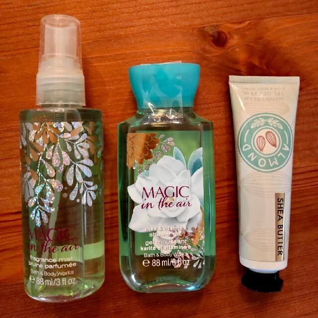 Bath & Body Works(バスアンドボディーワークス)の《最終値下》Bath & Body Works MAGIC in the air コスメ/美容のボディケア(ボディソープ/石鹸)の商品写真