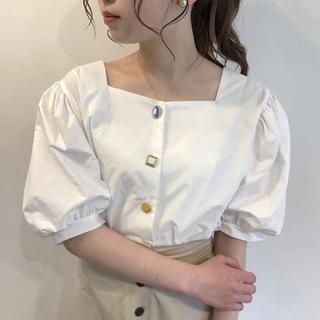 Lochie - Rili tokyo ♡ ランダムボタンフリルブラウス 韓国服 mellow