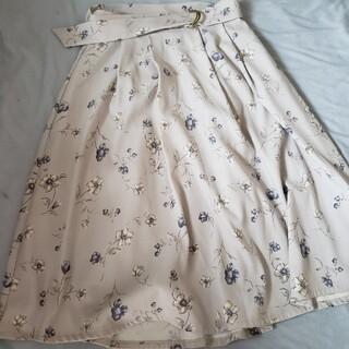 ハニーズ(HONEYS)の【ハニーズ】清楚系 花柄スカート(ひざ丈スカート)