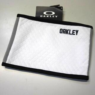 オークリー(Oakley)の【新品/送料込】ホワイト★OAKLEY/オークリー ネックウォーマー★(ネックウォーマー)