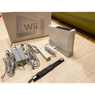 ウィー(Wii)のNintendo wii本体 箱付き!(家庭用ゲーム機本体)