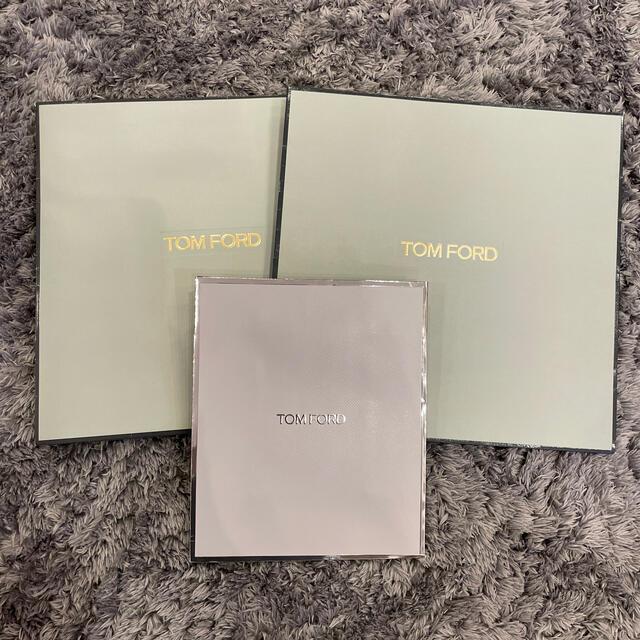 TOM FORD(トムフォード)の*美品トムフォード ショップ袋×3* レディースのバッグ(ショップ袋)の商品写真