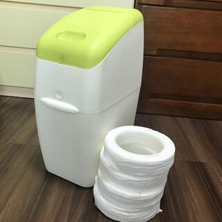 アップリカ(Aprica)のアップリカ におわなくてポイ オムツ専用ゴミ箱 オムツポット  カートリッジ付き(紙おむつ用ゴミ箱)
