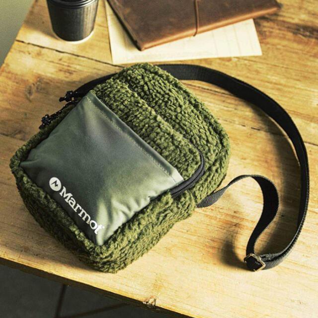 MARMOT(マーモット)のモノマックス 12月 付録 マーモット 3ポケット フリースショルダーバッグ メンズのバッグ(ショルダーバッグ)の商品写真