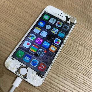 アイフォーン(iPhone)の【送料込み】iPhone5s 32GB ゴールド 本体 画面割れ(スマートフォン本体)