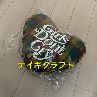 GDC - 新品未 Girls Don't Cry 伊勢丹 ハートピロー ガルドン