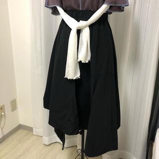 ザラ(ZARA)のアシンメトリースカート(ロングスカート)
