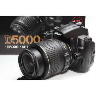 ニコン(Nikon)の❤️カンタン自撮り一眼レフ❤️Nikon D5000 レンズキット(デジタル一眼)