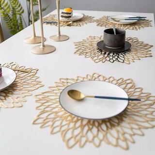 【新品】5枚setラウンド・ランチョンマット ゴールド色 Francfranc風(テーブル用品)