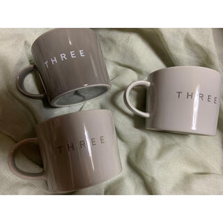 THREE - THREE ロゴマグカップ
