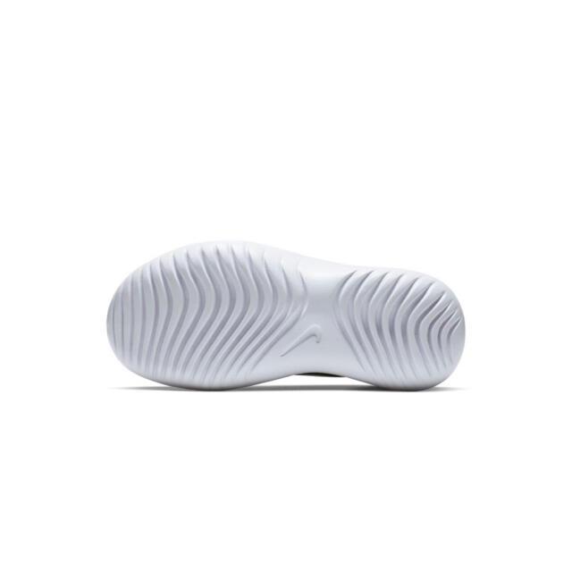 NIKE(ナイキ)の新品【NIKE】フレックス ランナー キッズシューズ スニーカー 16.5cm キッズ/ベビー/マタニティのキッズ靴/シューズ(15cm~)(スニーカー)の商品写真