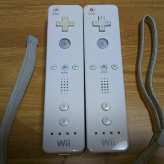 ウィー(Wii)のwiiリモコン2点『白』動作OK ゲームOK【正規品】(家庭用ゲーム機本体)