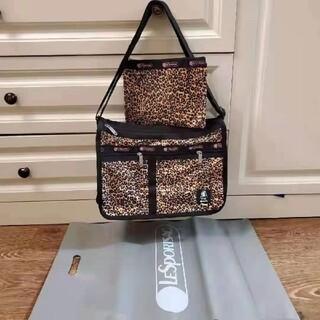 レスポートサック(LeSportsac)のLeSportsac DELUXE EVERYDAY BAG 7507-G712(ショルダーバッグ)