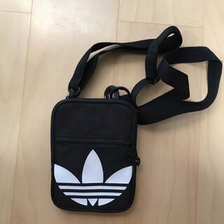 アディダス(adidas)のアディダス ミニショルダー (ショルダーバッグ)