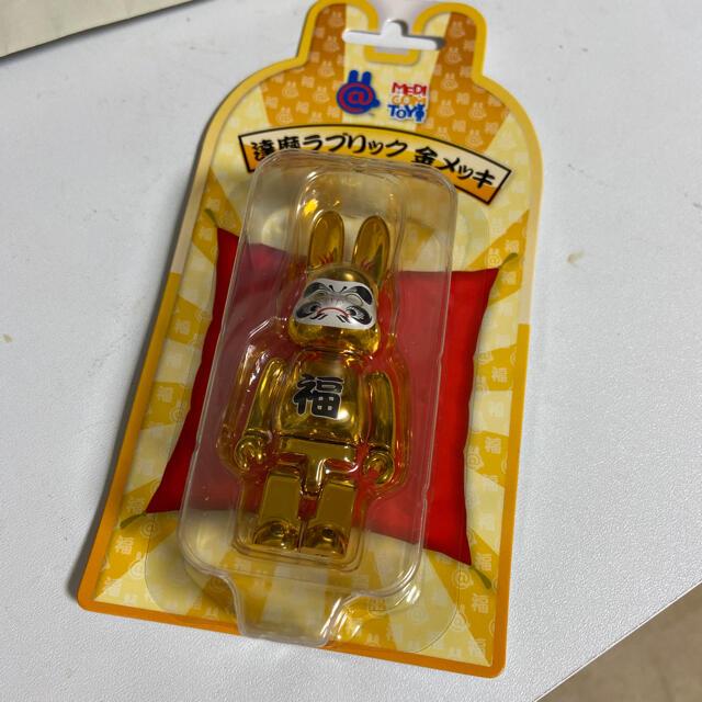 MEDICOM TOY(メディコムトイ)のメディコムトイBE@RBRICK R@BBRICK 達磨 ラブリック 金  エンタメ/ホビーのおもちゃ/ぬいぐるみ(キャラクターグッズ)の商品写真