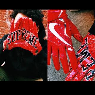 シュプリーム(Supreme)の【即完売】シュプリーム NIKE フットボール グローブ(手袋)