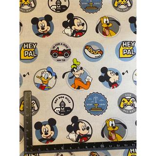 ディズニー(Disney)の新品●海外正規品 ディズニー綿100生地 110cm×50cm(生地/糸)