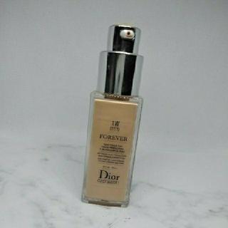クリスチャンディオール(Christian Dior)のディオールスキンフォーエヴァーフルイドマット(ファンデーション)