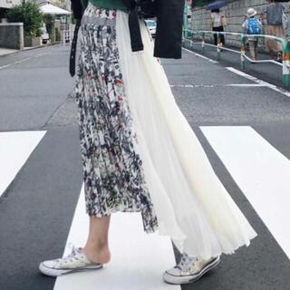 アメリヴィンテージ(Ameri VINTAGE)のAMERI フラワーサイドプリーツスカート(ロングスカート)