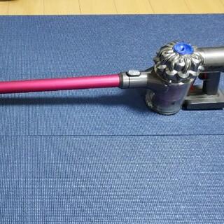ダイソン(Dyson)のダイソン コードレスクリーナー  dyson DC62 MC(掃除機)