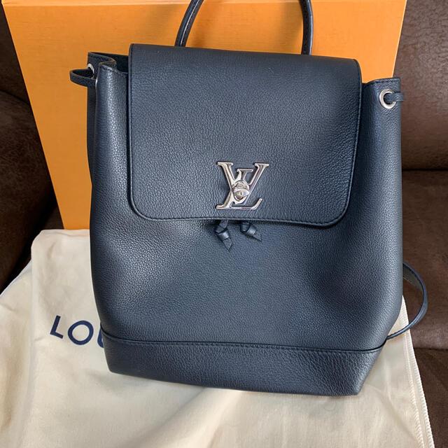 LOUIS VUITTON(ルイヴィトン)のルイヴィトン ロックミー バックパック リュック レディースのバッグ(リュック/バックパック)の商品写真