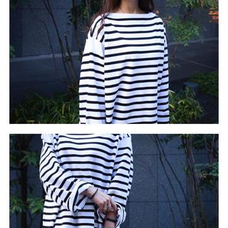 JOURNAL STANDARD - 【限定】ブラック 新品 outil バスクシャツ サイズ0