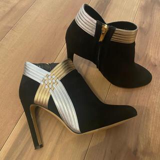 フェラガモ(Ferragamo)のサルヴァトーレフェラガモ 美品 ショートブーツ(ブーツ)