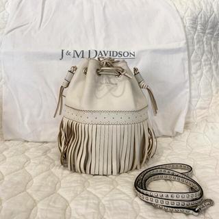 ジェイアンドエムデヴィッドソン(J&M DAVIDSON)の【美品】J&M DAVIDSON カーニバル ホワイト(ショルダーバッグ)