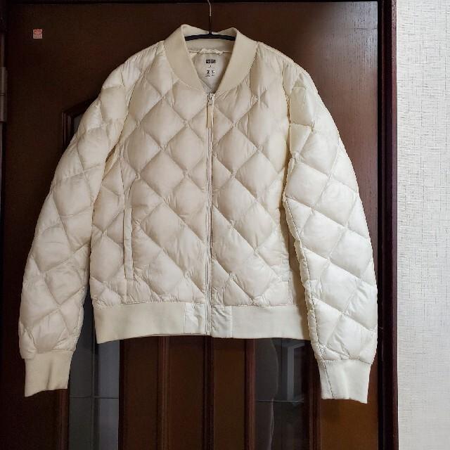 UNIQLO(ユニクロ)の白ダウンショート ユニクロウルトラライトダウンジャケット レディースのジャケット/アウター(ダウンジャケット)の商品写真
