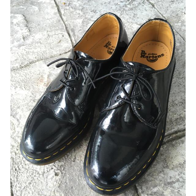 Dr.Martens(ドクターマーチン)のドクターマーチン 3ホール パテント UK8 メンズの靴/シューズ(ドレス/ビジネス)の商品写真