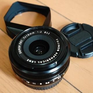 フジフイルム(富士フイルム)の極美品FUJIFILM_18mm F2.0フード付き、パンケーキレンズ(レンズ(単焦点))