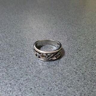 激安★指輪 リング クロム系 スクロール 19号 シルバー(リング(指輪))