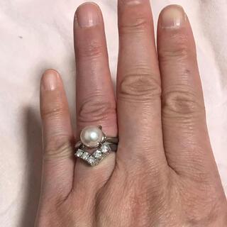 ジュエリーマキ(ジュエリーマキ)のジュエリーマキプラチナVリング0.65カラット  プラチナパールリング 2点出品(リング(指輪))