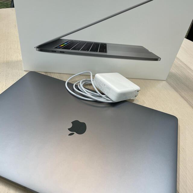 Mac (Apple)(マック)の MacBook Pro 15 2016 16GB 512GB US キーボード スマホ/家電/カメラのPC/タブレット(ノートPC)の商品写真