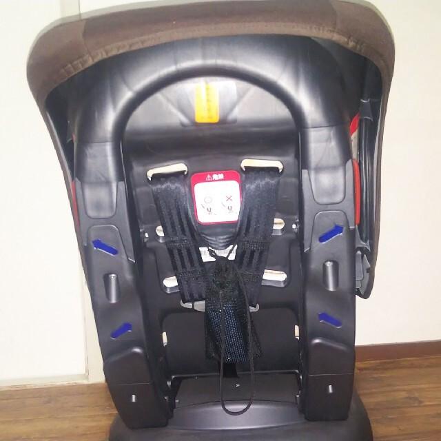 カトージ  チャイルドシート(ブラウン/ピンク) キッズ/ベビー/マタニティの外出/移動用品(自動車用チャイルドシート本体)の商品写真