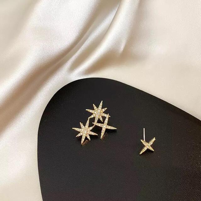DEUXIEME CLASSE(ドゥーズィエムクラス)のasymmetry star pierce ◯s925 post レディースのアクセサリー(ピアス)の商品写真