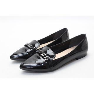 ピッティ(Pitti)のPitti エナメルポインテッドローファー(22.5cm2E)美品(ローファー/革靴)