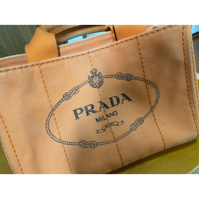 PRADA(プラダ)のPRADA カナパ バッグ オレンジ レディースのバッグ(ハンドバッグ)の商品写真