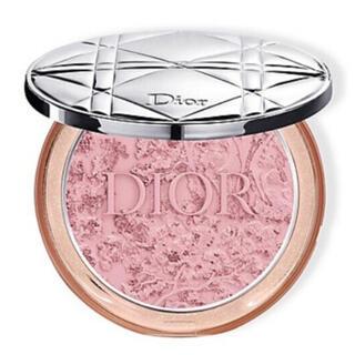 Christian Dior - ディオールスキンミネラルヌードグロウ