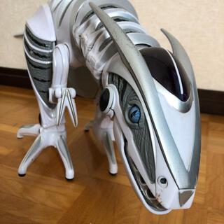 トイザラス(トイザらス)の恐竜型ロボット ロボザウルス(トイラジコン)