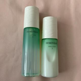 BENEFIQUE - ベネフィーク ドゥース 化粧水、乳液 本体セット