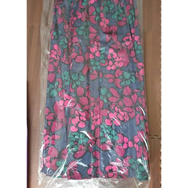 OBLI 花柄スカート レディースのスカート(ロングスカート)の商品写真