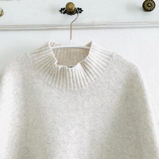 UNIQLO - ユニクロ スフレヤーンモックネックセーター オフホワイト L