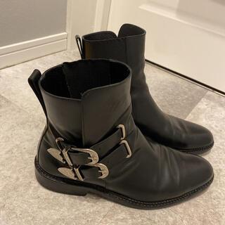 TOGA VIRILIS ブーツ