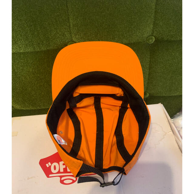 Supreme(シュプリーム)のSupreme 17AW LIQUID METAL LOGO CAMP CAP メンズの帽子(キャップ)の商品写真