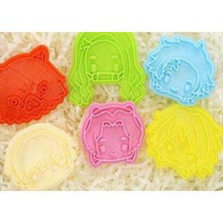 鬼滅の刃 クッキー型 6個セット かまぼこ隊(調理道具/製菓道具)
